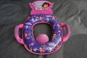 siège de toilette Dora avec sonorités