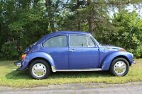 FOR SALE : 1973 VOLKSWAGEN SUPER BEETLE