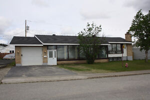 Owner Motivated to Sell!  Open to Offers! 704 MacDonald Crescent