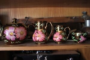 1930's 40's Hand Painted 4 Pc's Wade Tea Set (VIEW OTHER ADS)