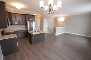Incentives Available!! 1712sqft developed condo.new Martensville