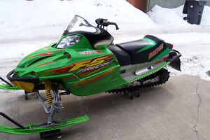 03 Arctic Cat F5