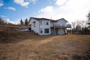 Awesome Home FOR SALE in 150 Mile House