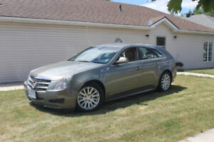 CADILLAC CTS WAGON-IMMACULATE CONDITION