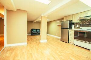 ALL INCL*  Modern Toronto 1 bedroom apartment near GO bus subway