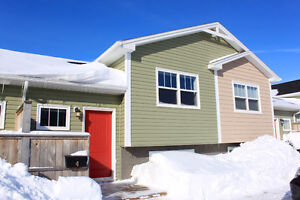 295 Pope Road - 3+1bed, 2bath - Available October 1st, 2016