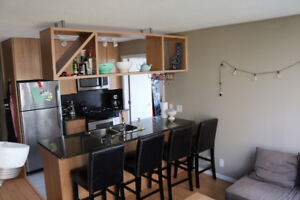 1BR + DEN in YALLETOWN, Available Jul 1st