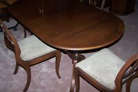 Vintage Mahogany Oval Table with leaf and 4 Chairs