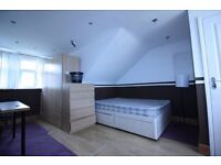 Dss Accepted .Large Studio flat available in Neasden All bills are included