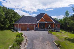 SMRT- Gorgeous custom built executive home on 10 Acres