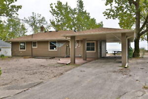 Updated Inside and Out! ID4037168