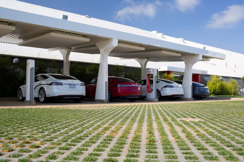 Despite Tesla Claims, Range Remains an Issue for Electric Cars