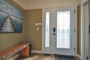 Grand cottage ensoleillé, belle cour et grande véranda avec spa