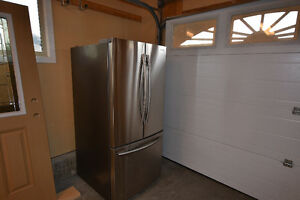 Samsung Staineless Steel French Door Fridge  Like New