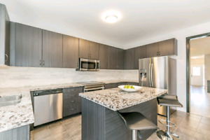 Priced to SELL  $725,000 5 Bed fully finished mins to lake