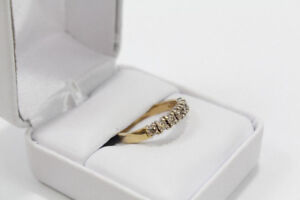 Bague en Or 14 kt avec Diamants Certificat Disponible 399.95$!