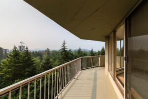 Unobstracted View SPACIOUS 2 BEDROOM AND A DEN CORNER UNIT