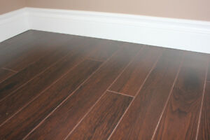 ENVY 12.3MM LAMINATE - 658 sq.ft. lot - Koa