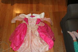 Costume d'halloween pour enfants à vendre!