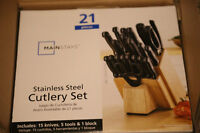 MAINSTAYS Cutlery Set 21 Pieces (New in the box)