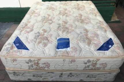 Excellent queen bed base+Sleep Maker Brand double sided mattress
