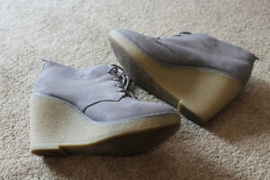 Size 9 Old Navy Faux Suade Rubber Wedge Heels
