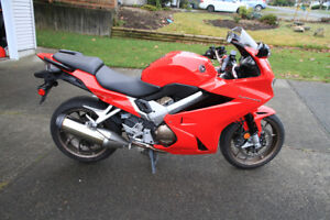 VFR800F Low KM For Sale