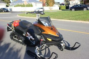 Ski doo 2010 Summit X  800R