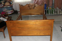 Antique 3/4 Wooden Bed