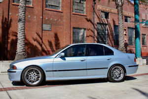 Looking for an E39 BMW M5