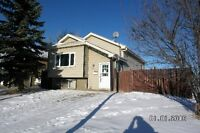 Gr8 Income/Investment house with separate entrance to basement.