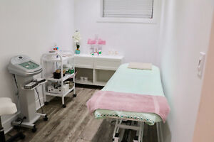 Eyebrow Threading $8 in North Edmonton, Call or Text 7809640049 Edmonton Edmonton Area image 1