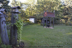 Great Location Kawartha Lakes Peterborough Area image 3