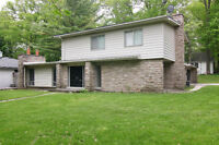 4 Br House-NEAR QEW AND MISSISSAUGA RD - MISSISSAUGA