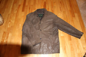 BEAUTIFUL BROWN DANIER GENUINE LEATHER JACKET LARGE!!