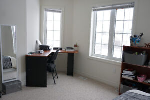 Bright and spacious room in New House near Brock $500 only