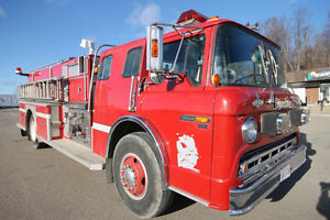 1988 Ford Superior Pumper Fire Truck