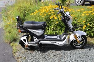 EMMO Electric Scooter for sale
