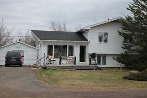 For sale split level house on 6.5 acres