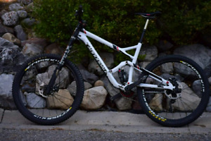 2015 Large Cannondale Jekyll Carbon 2 - 650B