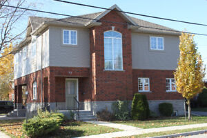 2600sf, 3 bd + 3 bth, garage, laundry, lrg kitchen, accessible
