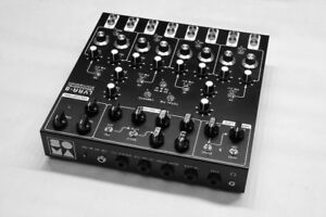 Soma Lyra 8 drone synthesizer . $1000 e-transfer plus shipping