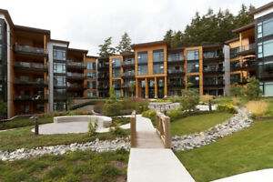 Luxury fully furnished 2 bed 2 bath White Rock condo @ The Royce