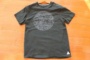 Roots Canada T-Shirt
