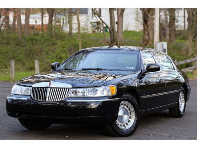 Lincoln : Town Car Executive L 2002 lincoln town car executive series l body 1 owner 45 k low original mi carfax