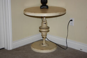 Retro Chic Wood and Metal Round Table in Cream Finish