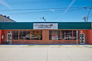 Office/Retail/ServiceCommercial-Centrally Located for Lease/Sale