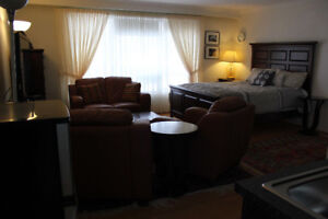 Fully Furnished  Suite Close to Yonge and Steeles for female