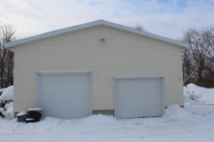 Garage Local entrepot a louer St-Isidore 29' X 23' Chauffable