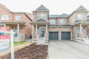 House for sale 3 bdrm+1 bdrm finish basement in high demand area